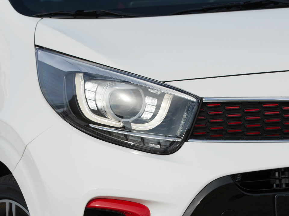 Luces frontales KIA GT Line